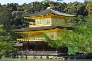 معبد کینکاکوجی در کیوتو، ژاپن